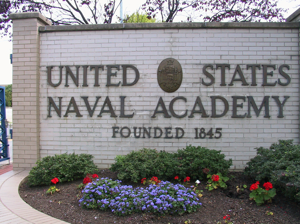 US NAVAL ACADEMY FACILITIES TOUR & LUNCH